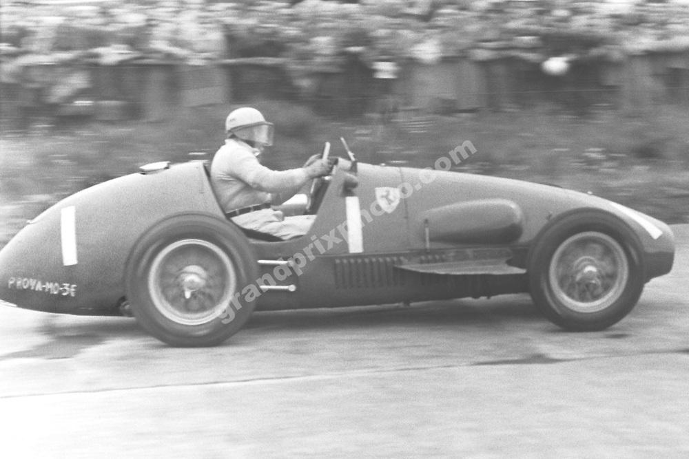 Froilan Gonzalez (Ferrari) in the 1954 German Grand Prix at the Nurburgring. Photo: Grand Prix Photo
