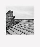 Digitalni print z retrospektivne razstave<br /> DAMJAN GALE - Arhitekt svetlobe<br /> Galerija Jakopič, 2017<br /> <br /> Digital print from the exhibition <br /> DAMJAN GALE - Architect of Light<br /> Jakopič Gallery, 2017<br /> <br /> avtor / author DAMJAN GALE<br /> serija / series PIRANSKI DIALOGI<br /> velikost / size 67x78cm<br /> <br /> cena / price 450 eur