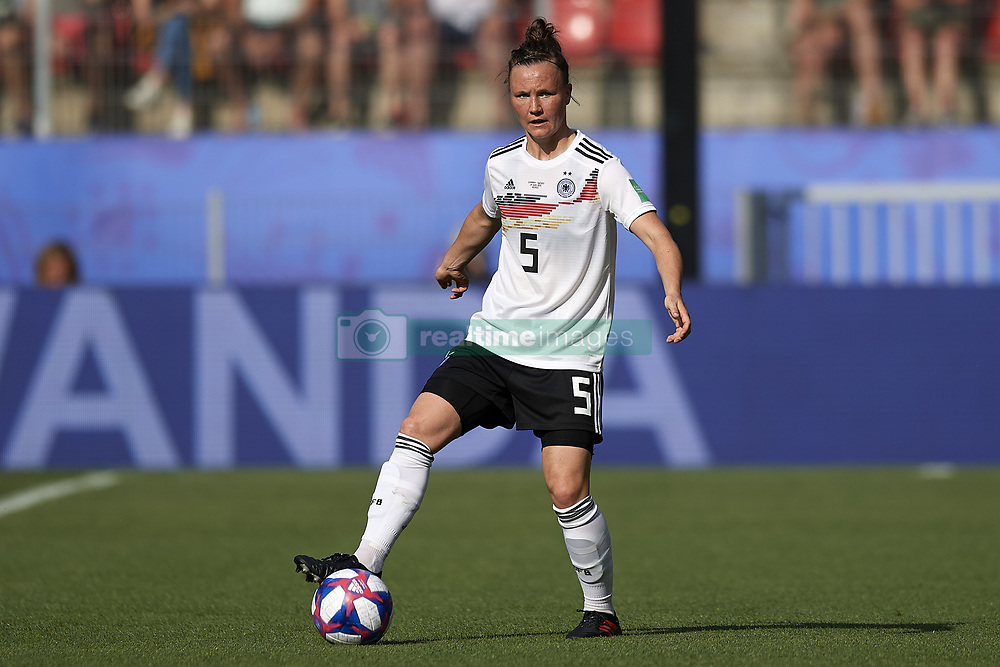 June 29, 2019 - Rennes, France - Marina Hegering (Sgs Essen) of Germany controls the ball during the 2019 FIFA Women's World Cup France Quarter Final match between Germany and Sweden at Roazhon Park on June 29, 2019 in Rennes, France. (Credit Image: © Jose Breton/NurPhoto via ZUMA Press)
