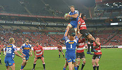 070418 Emirates Airlines Park, Ellis Park, Johannesburg, South Africa. Super Rugby. Lions vs Stormers. Stormers Chris van Zyl and Lions Marvin Orie during a lineout.<br />Picture: Karen Sandison/African News Agency (ANA)
