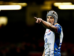 Jonathan Davies of Scarlets<br /> <br /> Photographer Simon King/Replay Images<br /> <br /> Guinness PRO14 Round 21 - Dragons v Scarlets - Saturday 27th April 2019 - Principality Stadium - Cardiff<br /> <br /> World Copyright © Replay Images . All rights reserved. info@replayimages.co.uk - http://replayimages.co.uk