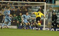 Fotball<br /> England 2004/2005<br /> Foto: SBI/Digitalsport<br /> NORWAY ONLY<br /> <br /> Coventry City v Watford <br /> Coca Cola championship. 18/12/2004<br /> <br /> Watfords Brynjar Gunnarsson cant find a way past the Coventry defence.