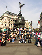 A51PD1 Eros statue Piccadilly Circus London England