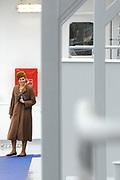 Prinses Maxima doopt de gastanker Coral Energy van de Nederlandse gasvervoerder Anthony Veder bij de Cruise Terminal Rotterdam. //// Princess Maxima names the gas tanker Coral Energy of the Dutch gastransporter Anthony Veder at the Cruise Terminal Rotterdam.<br /> <br /> Op de foto:  Prinses Maxima loopt rond op de milieuvriendelijke gastanker Coral Energy // Princess Maxima taking a tour on the environmentally gas tanker Coral Energy