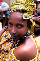 Mali, Sofara, jeune femme Peul // Mali, Sofara, woman from Peul ethnic group