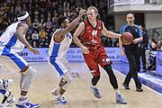 DESCRIZIONE : Eurocup 2015-2016 Last 32 Group N Dinamo Banco di Sardegna Sassari - Cai Zaragoza<br /> GIOCATORE : Jordan Swing<br /> CATEGORIA : Palleggio<br /> SQUADRA : Cai Zaragoza<br /> EVENTO : Eurocup 2015-2016<br /> GARA : Dinamo Banco di Sardegna Sassari - Cai Zaragoza<br /> DATA : 27/01/2016<br /> SPORT : Pallacanestro <br /> AUTORE : Agenzia Ciamillo-Castoria/L.Canu
