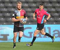 Rugby Union - 2020 / 2021 Gallagher Premiership - Round 16 - Harlequins vs Worcester Warriors - The Stoop<br /> <br /> Tyrone Green of Quins runs round for his 2nd half try<br /> <br /> Credit : COLORSPORT/ANDREW COWIE
