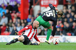 Luke Freeman of Bristol City gets away from a challenge  - Mandatory by-line: Dougie Allward/JMP - 16/04/2016 - FOOTBALL - Griffin Park - Brentford, England - Brentford v Bristol City - Sky Bet Championship