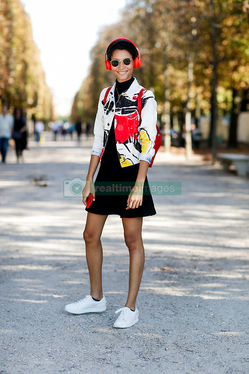 Street style, model Lineisy Montero arriving at Isabel Marant spring summer 2019 ready-to-wear show, held at Jardin des Tuileries, in Paris, France, on September 27th, 2018. Photo by Marie-Paola Bertrand-Hillion/ABACAPRESS.COM