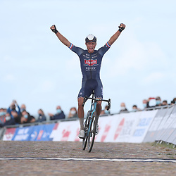 23-08-2020: Wielrennen: NK elite: Drijber<br /> Mathieu Van Der Poel (Netherlands / Team Alpecin - Fenix) pakt de nationale titel