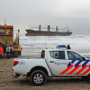NLD/WIJK AAN ZEE/20120120 - Het Filipijnse schip Aztec Maiden is vrijdagochtend voor de kust van Wijk aan Zee vastgelopen