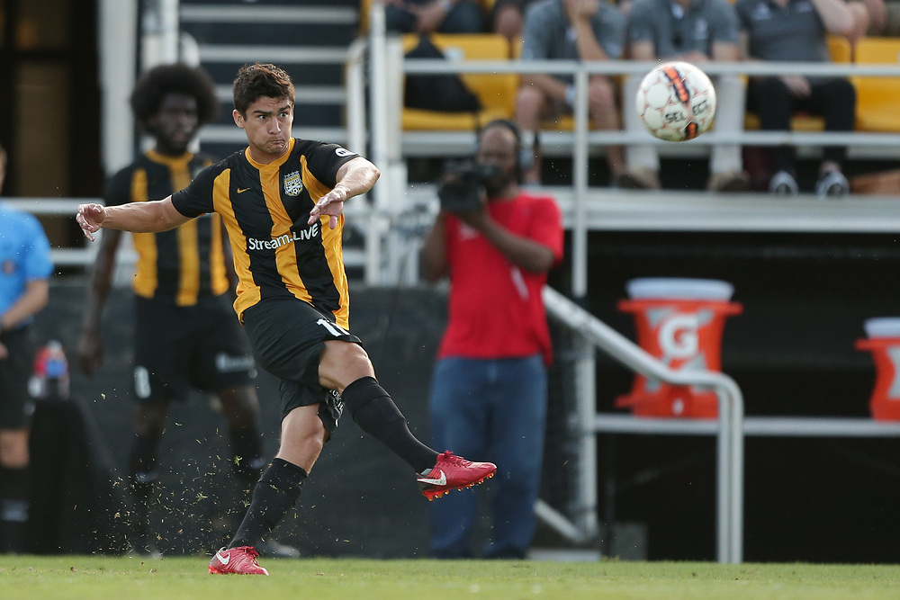Ryan Arambula (18). <br /> Lamar Hunt US Open Cup: Tormenta FC vs. Charleston Battery in the second round at MUSC Health Stadium in Charleston, S.C. on Wednesday, May 16, 2018.<br /> Zach Bland/Charleston Battery