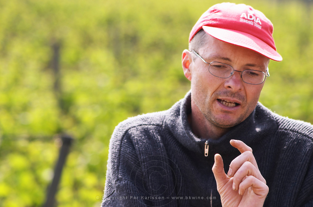 Florent Viale, owner and winemaker at Domaine du Colombier in his vineyard.  Domaine du Colombier, Crozes-Hermitage, Mercurol, Drome Drôme, France Europe