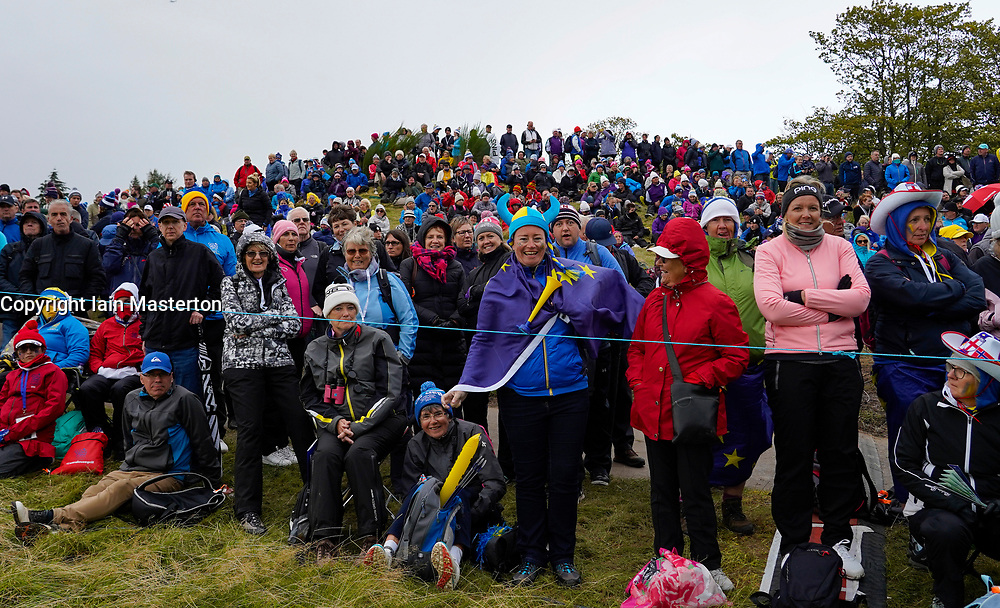 Auchterarder, Scotland, UK. 14 September 2019. Saturday afternoon Fourballs matches  at 2019 Solheim Cup on Centenary Course at Gleneagles. Pictured; Spectators crowded around the 10th green. Iain Masterton/Alamy Live News