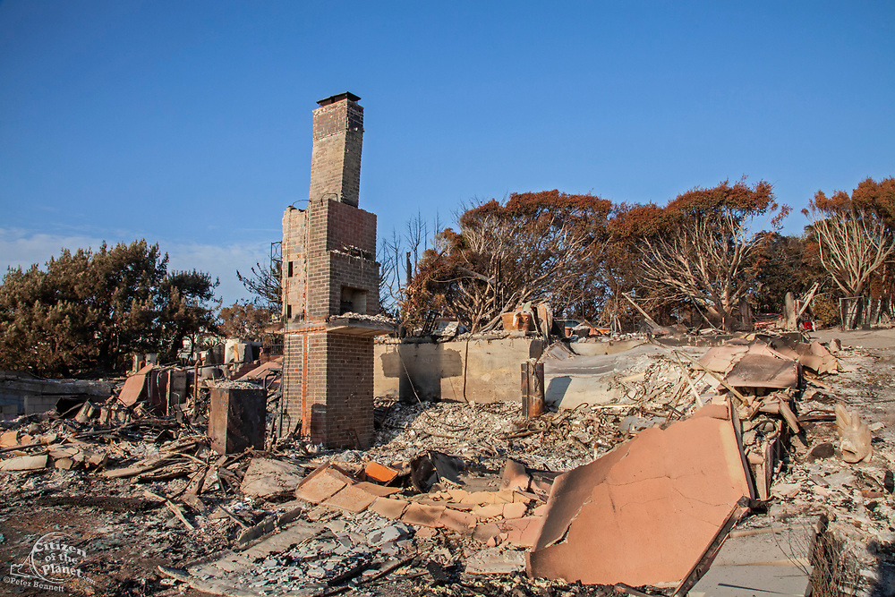Destroyed home in Point Dume in Malibu. The Woolsey wildfire started on November 8, 2018 and has burned over 98,000 acres of land, destroyed an estimated 1,100 structures and killed 3 people in Los Angeles and Ventura counties and the especially hard hit area of Malibu. California, USA