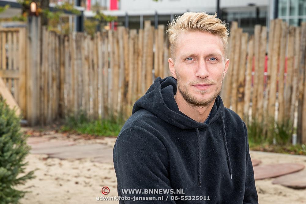 NLD/Amsterdam/20171026 - Perspresentatie Into the Waves 2017, Joshua Nolet