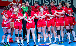 Team Russia after the Women's EHF Euro 2020 match between France and Russia at Jyske Bank BOXEN on december 11, 2020 in Kolding, Denmark (Photo by RHF Agency/Ronald Hoogendoorn)