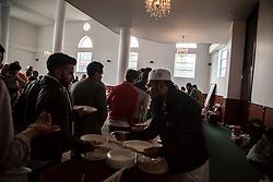 June 25, 2017 - Bogota, Colombia - Muslims prayers for the Eid al-Fitr Fest that mark the end of the fasting month of Ramadan at 'la mezquita Abou Bakr Alsiddiq' in Bogota, Colombia on June 25, 2017. (Credit Image: © Juan Torres/NurPhoto via ZUMA Press)