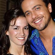 NLD/Hilversum/20070309 - 9e Live uitzending SBS Sterrendansen op het IJs 2007, Geert hoes en partner Manuela Sep