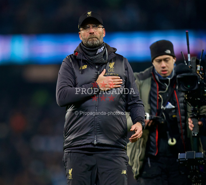 MANCHESTER, ENGLAND - Thursday, January 3, 2019: Liverpool's manager Jürgen Klopp gestures to the supporters after the FA Premier League match between Manchester City FC and Liverpool FC at the Etihad Stadium. (Pic by David Rawcliffe/Propaganda)