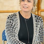 NLD/de Meern/20151009 - Voorleesactie prinses Laurentien + Jan Terlouw boek 'Kapsones', Laurentien