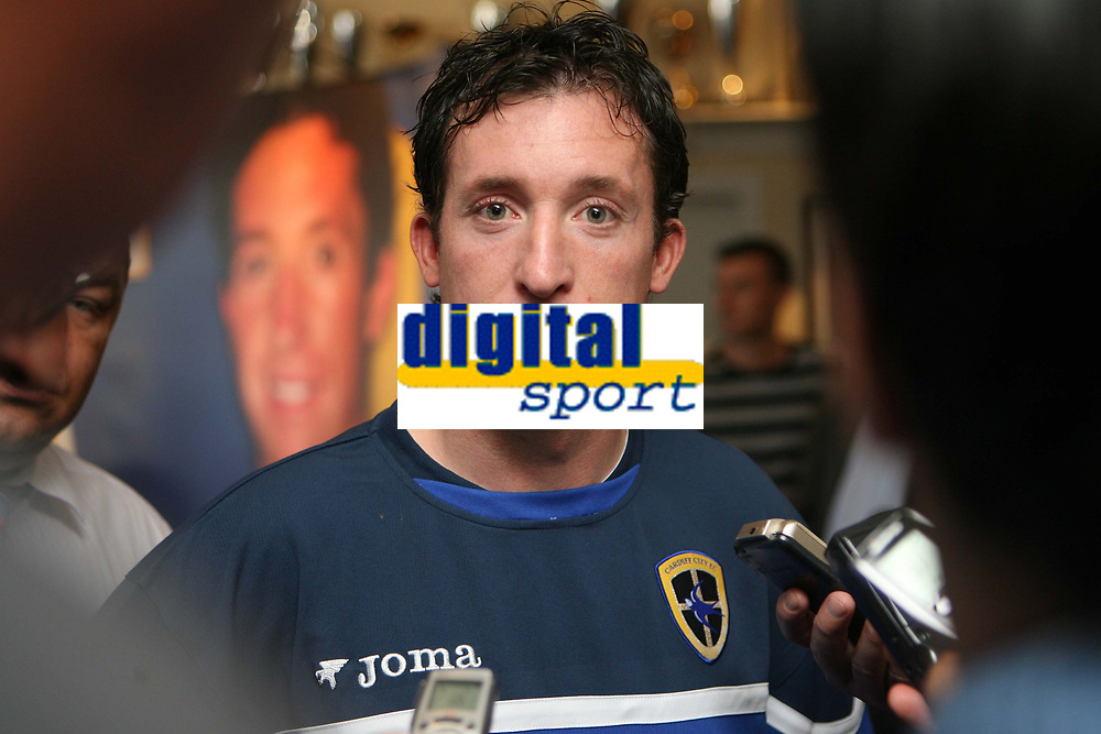 Photo: Rich Eaton.<br /> <br /> Cardiff City Press Conference. Coca Cola Championship. 24/07/2007. Robbie Fowler pictured being interviewed by reportters at Ninian Park, where he was announed as a new signing by Cardiff City.