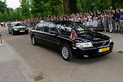 Beatrix opent tentoonstelling Máxima, 10 jaar in Nederland.//<br /> Queen Beatrix opens the exibition Maxima 10 years in the Netherlands<br /> <br /> Op de foto: DE auto