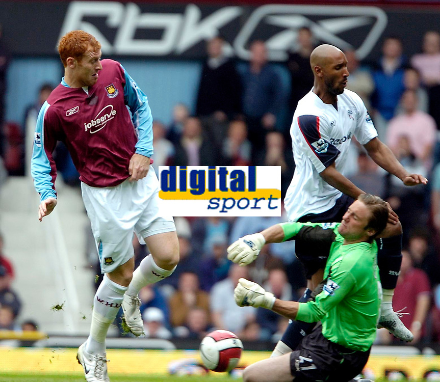 Photo: Ed Godden/Sportsbeat Images.<br /> West Ham United v Bolton Wanderers. The Barclays Premiership. 05/05/2007. West Ham keeper, Robert Green, is confronted by Bolton's Nicolas Anelka and West Ham's James Collins (L).