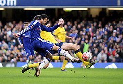 Pedro of Chelsea shoots at goal - Mandatory byline: Robbie Stephenson/JMP - 10/01/2016 - FOOTBALL - Stamford Bridge - London, England - Chelsea v Scunthrope United - FA Cup Third Round