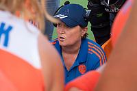 ANTWERPEN -  coach Alyson Annan (Ned)   tijdens  hockeywedstrijd  dames, Nederland-Spanje (1-1),   bij het Europees kampioenschap hockey.   COPYRIGHT KOEN SUYK