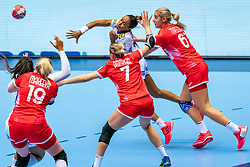 Estelle Nze Minko of France, Valeriia Maslova of Russia, Daria Dmitrieva of Russia in action during the Women's EHF Euro 2020 match between France and Russia at Jyske Bank BOXEN on december 11, 2020 in Kolding, Denmark (Photo by RHF Agency/Ronald Hoogendoorn)