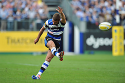 George Ford of Bath Rugby kicks for the posts - Photo mandatory by-line: Patrick Khachfe/JMP - Mobile: 07966 386802 13/09/2014 - SPORT - RUGBY UNION - Bath - The Recreation Ground - Bath Rugby v London Welsh - Aviva Premiership