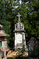 UK ENGLAND LONDON 2AUG06 - West Norwood cemetery near Crystal Palace in south London. The South Metropolitan cemetery, as it was known, opened in 1837 and fell into neglect by the 1960s. Lambeth council bought the cemetery and implemented a 'lawn clearance' programme, effectively re-selling burial space within existing graves over 75 years old.....jre/Photo by Jiri Rezac....© Jiri Rezac 2006....Contact: +44 (0) 7050 110 417..Mobile:  +44 (0) 7801 337 683..Office:  +44 (0) 20 8968 9635....Email:   jiri@jirirezac.com..Web:    www.jirirezac.com....© All images Jiri Rezac 2006 - All rights reserved.