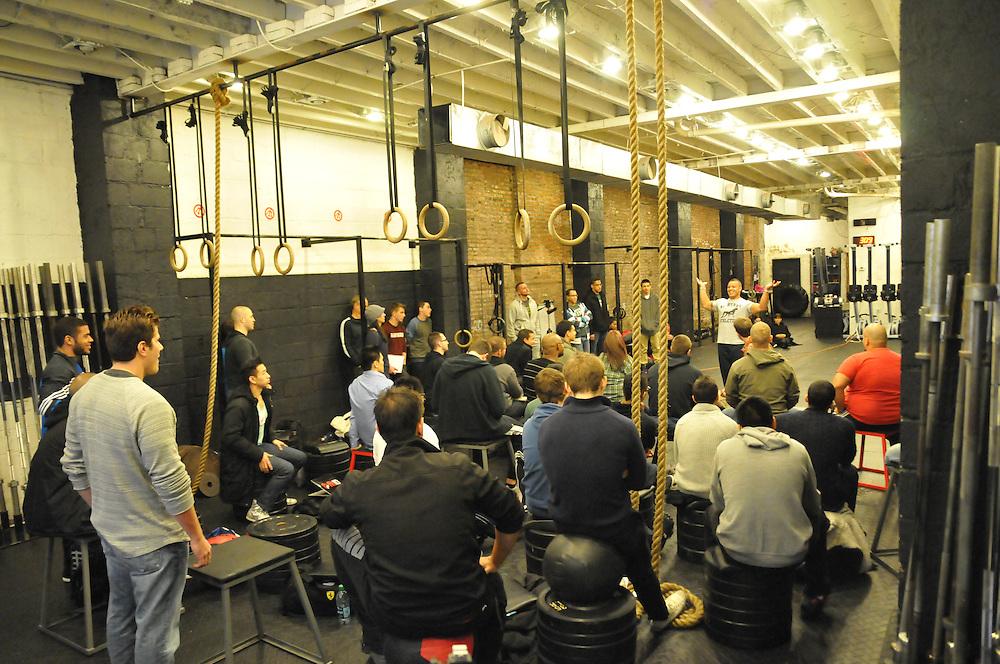 http://www.hulsestrength.com/yo-elliott-live-nyc-2012-review/