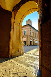 Early morning sunshine at the entrance to the town hall (Comune di Bologna), Bologna, Italy<br /> <br /> (c) Andrew Wilson | Edinburgh Elite media