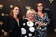 RadioRing Gala 2017 in Gooiland, Hilversum<br /> <br /> op de foto:   Tineke de Nooij met haar dochters SaraLee Vos en Tuffie Vos