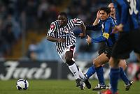 "Asamoah Kwadwo Javier Zanetti<br /> Udine 05-04-2009 Stadio ""Friuli""<br /> Campionato Serie A 2008-2009<br /> Udinese-Inter<br /> foto Prater Insidefoto"