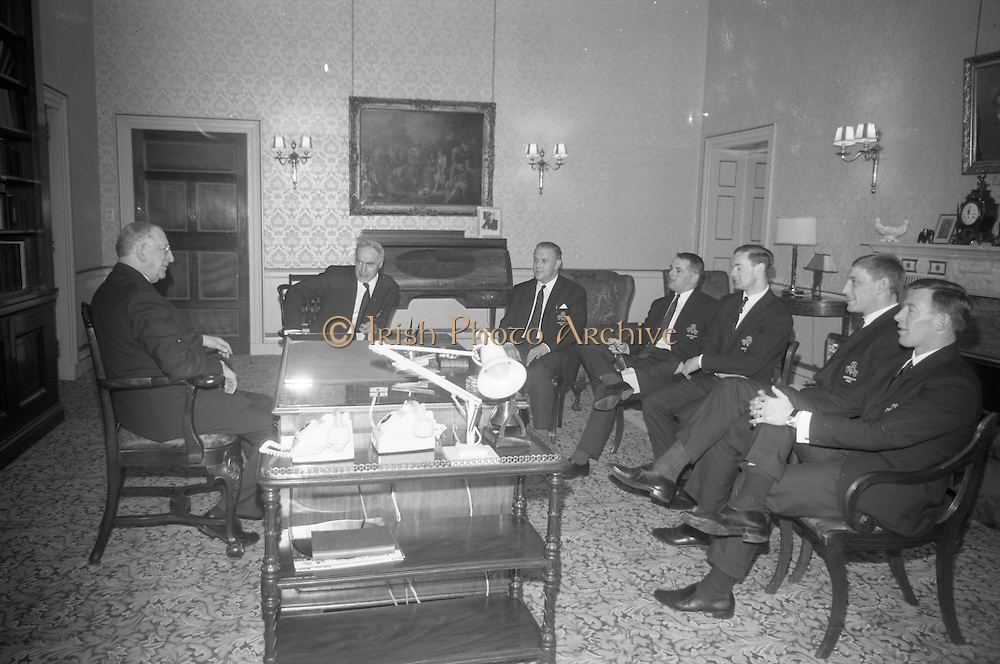 President de Valera received the members and officials of the Irish Rugby touring team, prior to their departure for Australia on Saturday 22.4.67, ..Irish Rugby Football Union, Irish team departs for Australian tour, 22nd April 1967, 22.4.67, 4.22.67,.