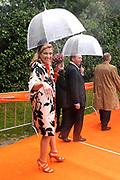 Koninginnedag 2010 . De Koninklijke familie in het zeeuwse Wemeldinge. / Queensday 2010. The Royal Family in Wemeldinge<br /> <br /> op de foto / on the photo :  Prinses Maxima