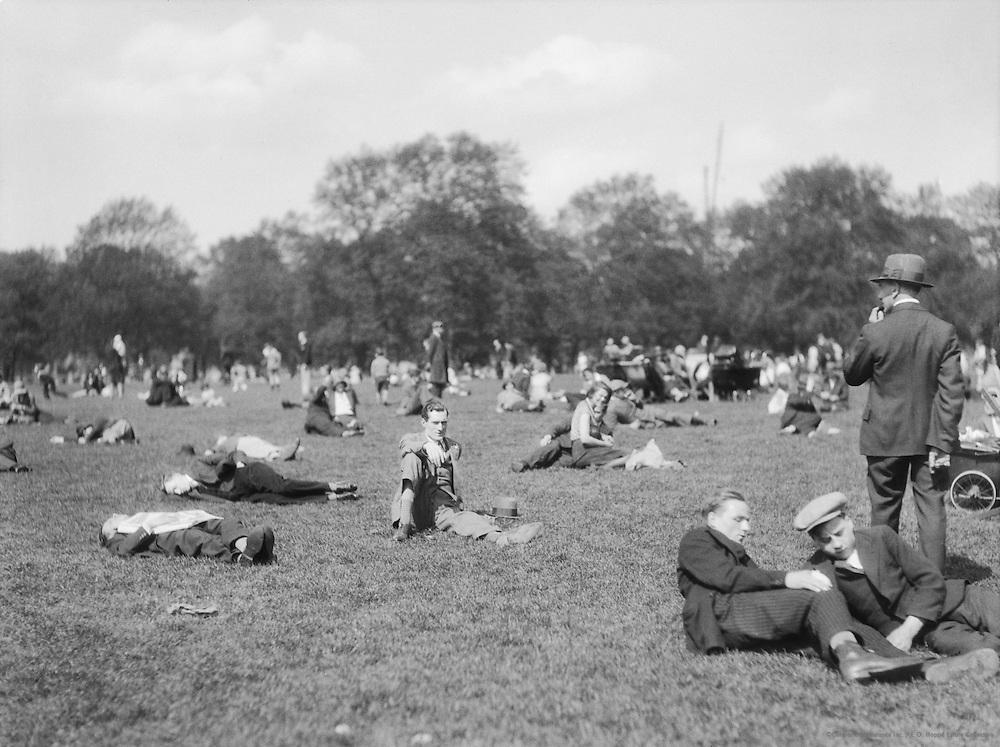 Heatwave, Bank Holiday, Hyde Park, London, 1929