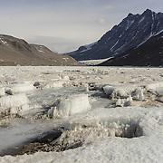 Looking west across Lake Hoare toward the Seuss Glacier