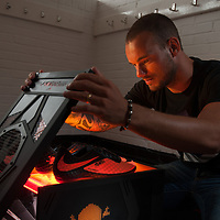 Wesley Sneijder unboxes the new Nike Mercurial