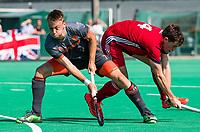 St.-Job-In 't Goor / Antwerpen -  6Nations U23 -  Yannick van der Drift (Ned) met Tom Sorsby (Ned).    Nederland Jong Oranje Heren (JOH) - Groot Brittannie .  COPYRIGHT  KOEN SUYK