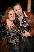 Premiere van de muziekkomedie Little Voice in het oude Luxor Theater, Rotterdam.<br /> <br /> Op de foto: <br /> <br />  Ellen Pieters en partner Han Oldigs