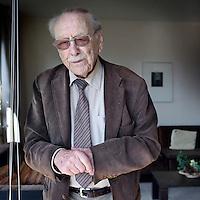 Nederland,Amsterdam, 15 april 2010..Dhr. Stil van belangenvereniging, die zich inzet voor het stemmen van ouderen...Foto:Jean-Pierre Jans