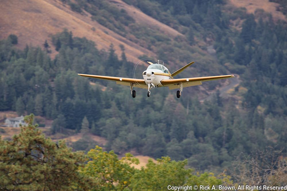 Beechcraft Bonanza arriving at Ken Jernstedt Airfield