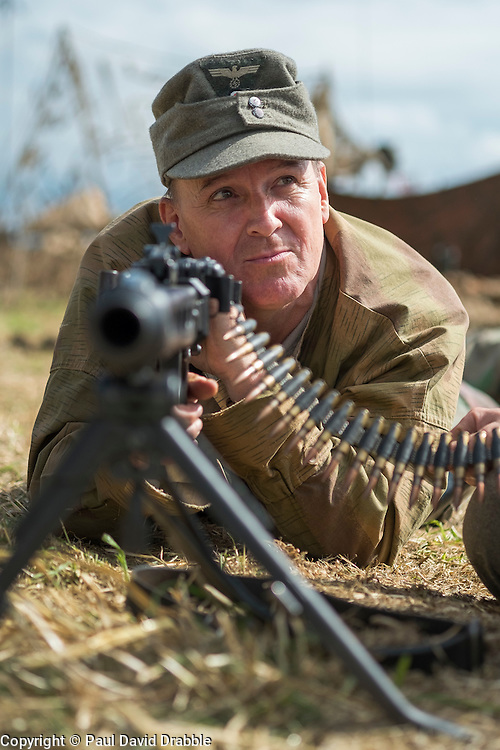 1 GD weapons handling and safety MG42<br />  17 July 2016<br />  Copyright Paul David Drabble<br />  www.pauldaviddrabble.photoshelter.com