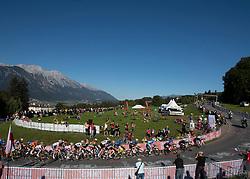 27.09.2018, Innsbruck, AUT, UCI Straßenrad WM 2018, Straßenrennen, Junioren, von Kufstein nach Innsbruck (138,4 km), im Bild Das Peleton im Anstieg Igls // the peleton at climb to Igls during the road race of the Junior Men from Kufstein to Innsbruck (138,4 km) of the UCI Road World Championships 2018. Innsbruck, Austria on 2018/09/27. EXPA Pictures © 2018, PhotoCredit: EXPA/ Reinhard Eisenbauer