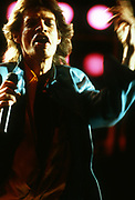 Mick Jagger performs at Live Aid Philadelphia 1985