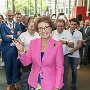 NLD/Utrecht//20170610 - Prinses Margriet slaat eerste Rode Kruis Vijfje , Prinses Margriet slaat het eerste rode kruis vijfje